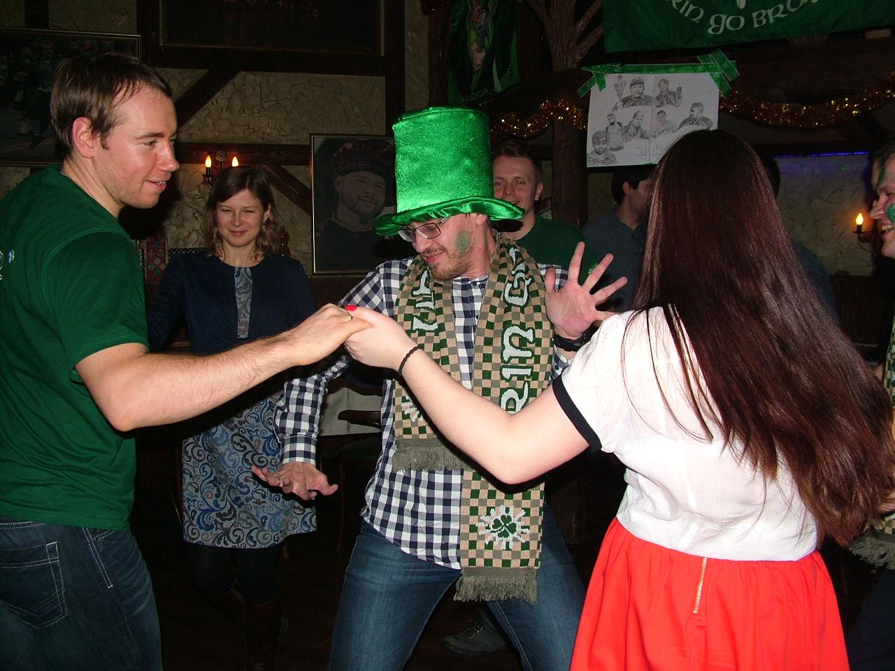 Ирландцы зажигают, Новый Год встречают!