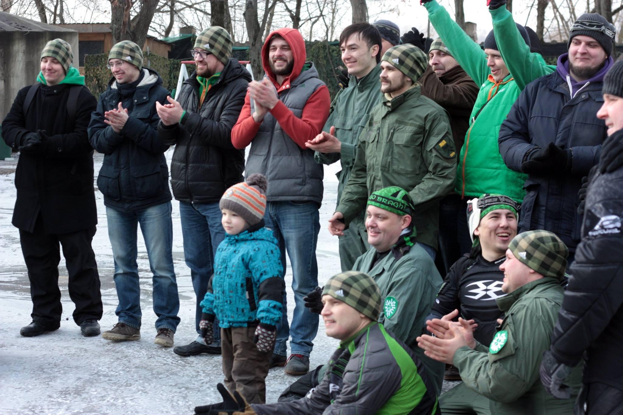 Ирландские парни ожидают поздравления